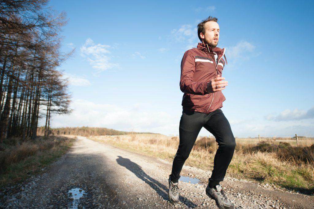 Købe træning, gymnastik på en Airtrack eller fitnesstræning - hvad er bedst?